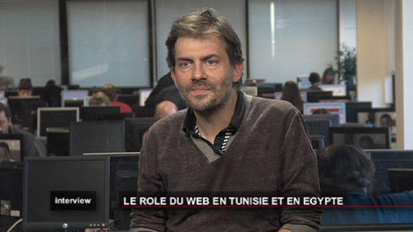 "A Internet ""libertou a palavra"" na Tunísia e no Egito"