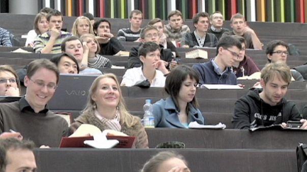 الجامعات الأوربية: بين التمويل الحكومي وإيقافه