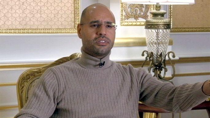 EXCLUSIVO EURONEWS: Filho de Kadhafi anuncia o fim da guerra e pede a Sarkozy o dinheiro da campanha eleitoral