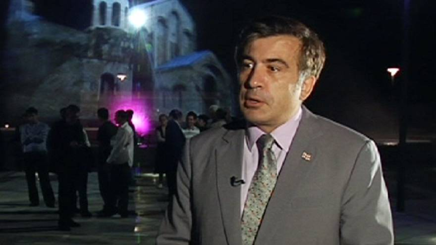 """Presidente da Geórgia: """"Não somos suicidas, não queremos confrontar a Rússia"""""""