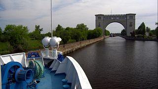 Volga nehri Rusya'nın ana caddesi gibi