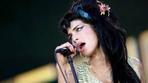 Performing under the influence: Amy Winehouse cancels tour dates