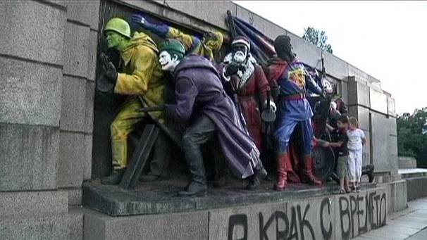 Bulgaria's Soviet army monument gets superhero makeover