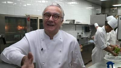 آلان دوكاس طباخ مأدبة العرس في موناكو