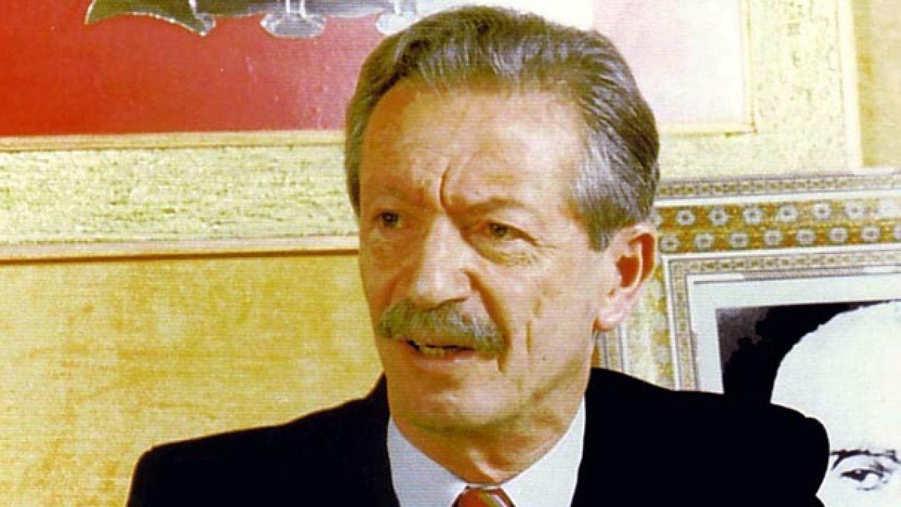 بیستمین سالگرد قتل دکتر شاپور بختیار