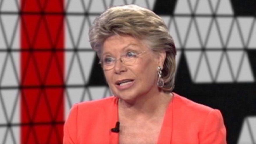"""AB Adalet Komiseri Reding: """"10 bin Tunuslu göçmen, kriz değildir"""""""