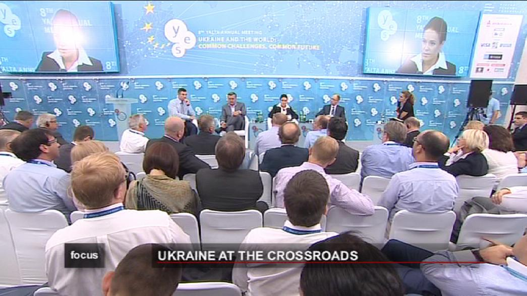 مؤتمر يالطا: قضيتا الغاز وتيموشينكو تحديات تواجههما اوكرانيا