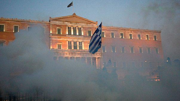 Yunanistan temerrüte gitmeli mi?