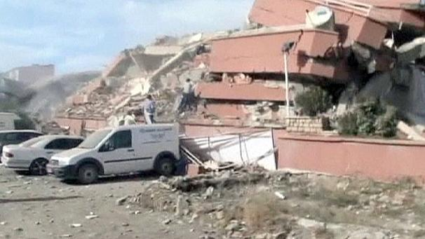 Massive earthquake rocks eastern Turkey‎
