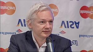 WikiLeaks stops works as financial blockade bites