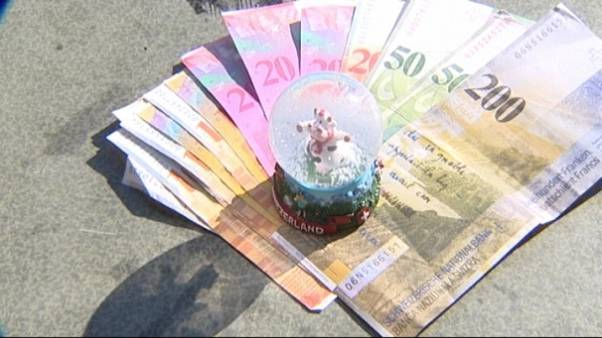 Hungarians fall victim to Swiss franc debt spiral