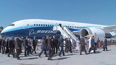 Dubai Airshow opens with a mega contract for Boeing