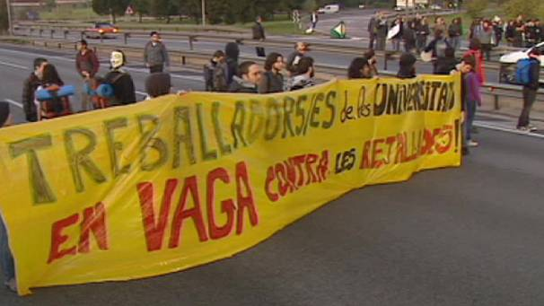 Highway student protest in Spain