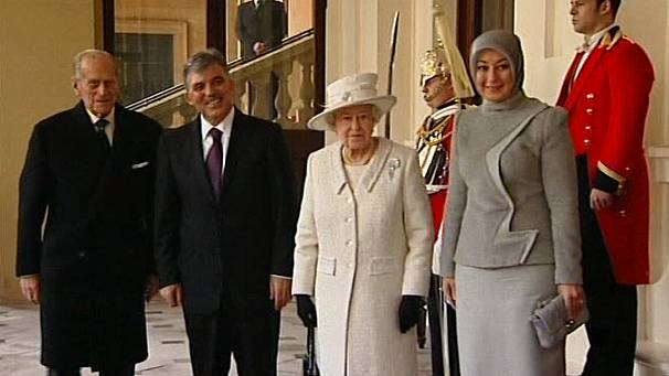Queen Elizabeth II welcomes Turkish president
