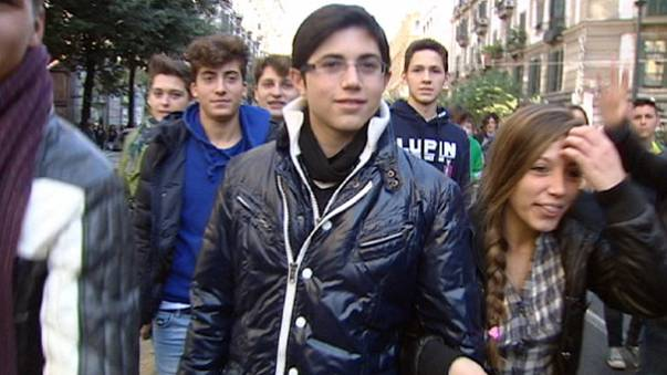 ايطاليا: الطريق نحو الهاوية