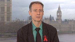 Peter Tetchell: Sınırlar gerici bir adımdır
