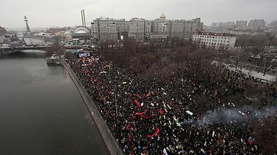 Ten thousand protesters take the streets of Moscow