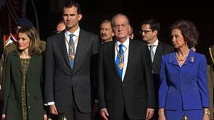 Spain's King makes plea for unity as he opens parliament