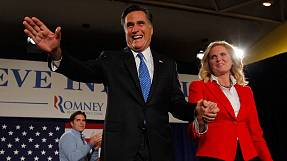 Romney's pin-size Iowa vote lead
