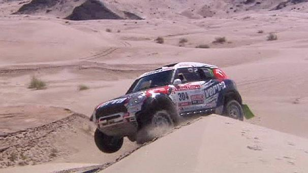 Day five in Dakar and minis dominate