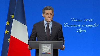 France easily sells bonds as Sarkozy attacks S&P