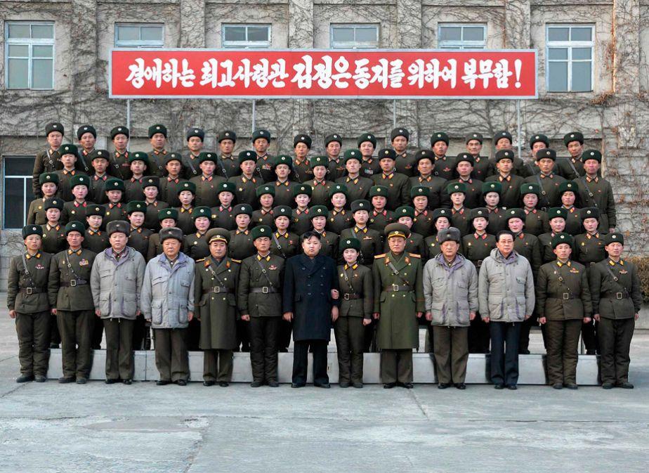 Gruppenbild mit Führer