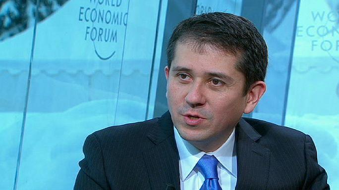 """Lee Howell, directeur général du Forum économique et social: """"Le vrai défi aujourd'hui c'est de créer la croissance qui mène à l'emploi"""""""