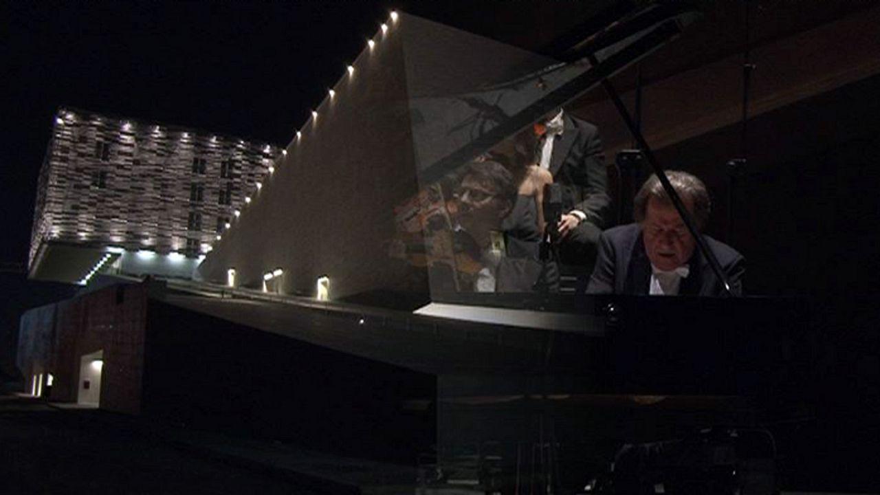 اجرای کنسرتو پیانوی بتهوون در سالن اپرای فلورانس