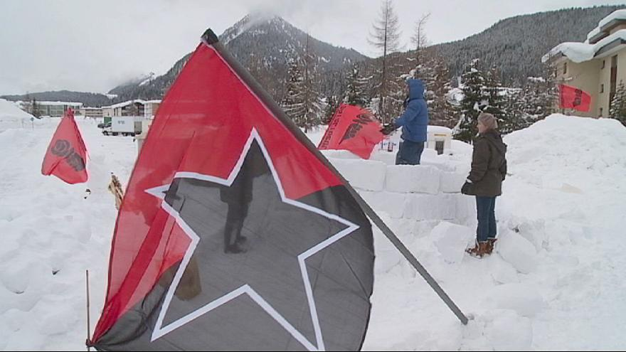 """Movimento """"Occupy Davos"""" toma posições"""