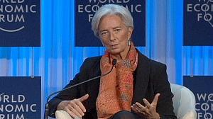 IMF's Lagarde urges quick resolution to euro crisis