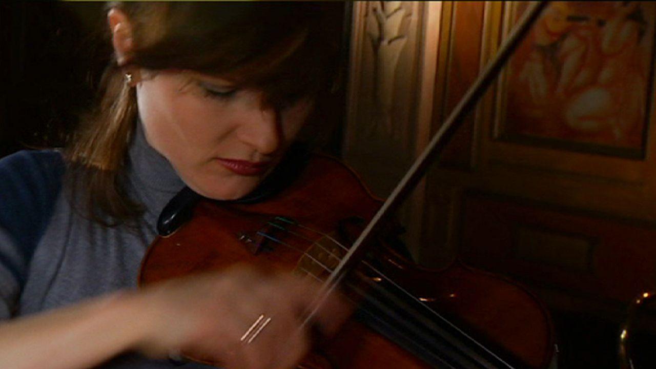لیزا باتیاشویلی و عشق سحرآمیز او به ویولن