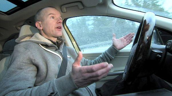 Elettronica di prestigio: come guidare senza mani
