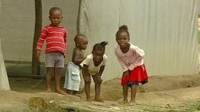 Liberia: la traversée du fleuve Cavalla