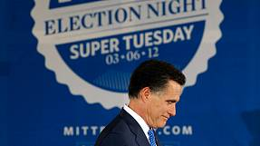 Romney edges Santorum with Super Tuesday wins