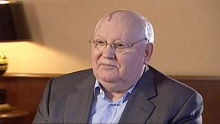 """Горбачев: """"Общество выходит из состояния прозябания"""""""