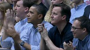 Obama and Cameron bond over basketball
