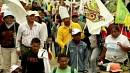 Rival marches held over Ecuador mining plans