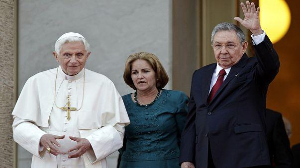 Бенедикт XVI на Кубе: без политики никак не обойтись