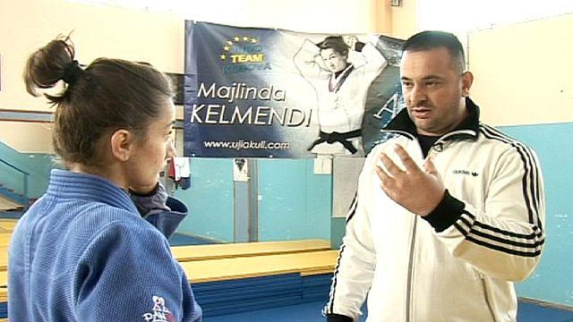 Косово хочет играть
