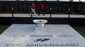 Falklands War dead remembered on 30th anniversary