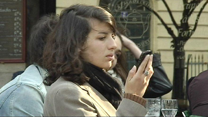 """França: """"Geração Y"""" sente-se abandonada pelos políticos"""
