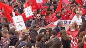 Strike hit Italy rages against Monti's labour reforms
