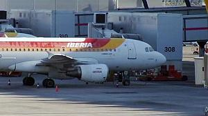 Spain government steps into Iberia dispute