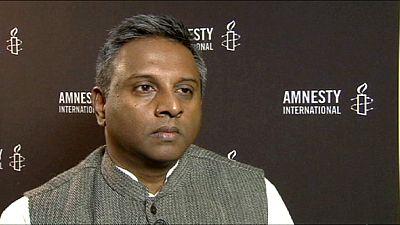 """Amnesty International a euronews: """"I governi non devono far pagare la crisi ai poveri"""""""