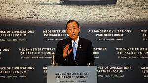 UN chief warns of civil war in Syria