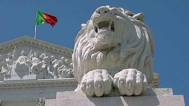 Portugal vê cair taxas da dívida a curto prazo