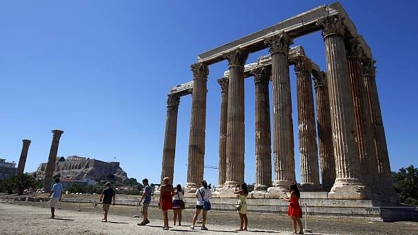 Greece issues tourism warning