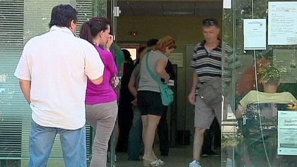 Greece jobless rate soars
