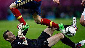 Spain rolls over Ireland