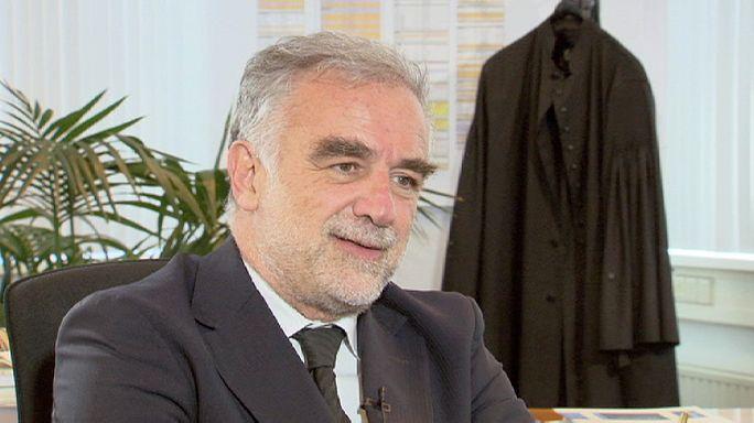 """Luis Moreno-Ocampo : """"Le poste de procureur aura été un très grand privilège"""""""